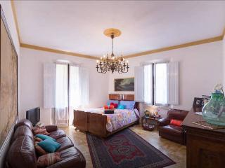 HomeHoliday in Florence - Florence vacation rentals