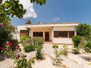 Country House with pool,barbec - Cala Carbo vacation rentals