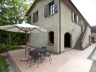 Il Casolare Val di Mare. Splendid country house near the sea!! 4 pax - Riparbella vacation rentals