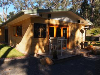 Self contained studio apartment - Healesville vacation rentals