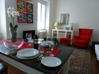 Nice Townhouse with Internet Access and A/C - Legnano vacation rentals