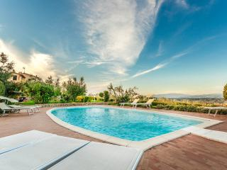 Villa Torricella panoramic swimming pool Tuscany - Monte San Savino vacation rentals