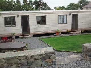 Lovely Caravan/mobile home with Cleaning Service and Television - Llanfaethlu vacation rentals
