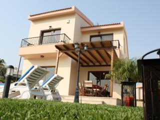 Poseidon Villa. 3 bedroom luxury villa with privat - Pissouri vacation rentals