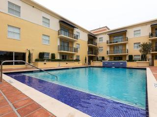 1BR Furnished Suite in Coral Gables - Walk to Merrick Park - Coconut Grove vacation rentals