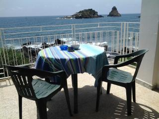 HAPPY LACHEA TERRACE, SUN & FUN - Acitrezza vacation rentals