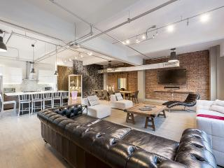 The Executive Loft | 3-Bedroom Loft at the Holland Hotel, Downtown - Montreal vacation rentals