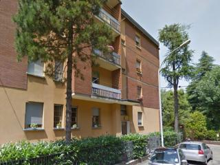 Cozy Townhouse with Internet Access and Central Heating - Bologna vacation rentals