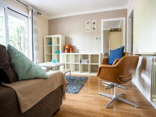 Bright riverside apartment No 4 in great location - Girona vacation rentals