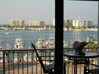 Largest Rental Unit on the Destin Boardwalk - Destin vacation rentals