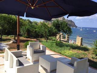 Villa capo zafferano ,casa Carola - Santa Flavia vacation rentals