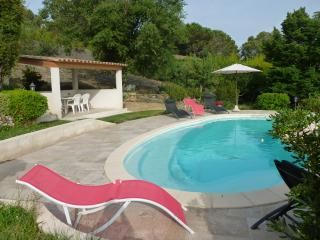 Perfect 3 bedroom Berre-les-Alpes Villa with Internet Access - Berre-les-Alpes vacation rentals