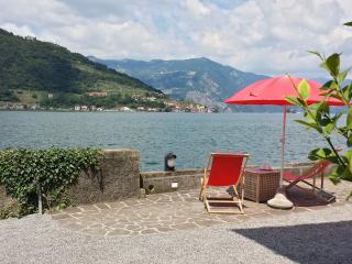Casa Salini Lago D'Iseo Montisola wine relax sport - Iseo vacation rentals