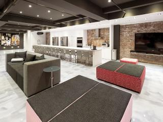 Presidential Loft | 4-Bedroom at Holland Hotel 979 - Montreal vacation rentals