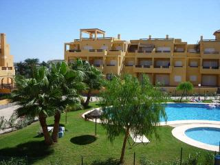 Spacious Apartment aircon /wifi gated complex,sea - Vera vacation rentals