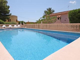 2 bedroom Villa with Internet Access in Calpe - Calpe vacation rentals