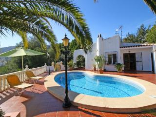Cozy Villa with Internet Access and Washing Machine - Calpe vacation rentals