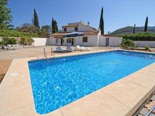 Comfortable 3 bedroom Villa in Calpe with Internet Access - Calpe vacation rentals