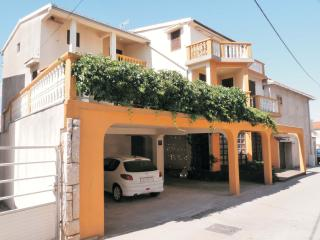TH00525 Apartments Šime / One bedroom A2 - Pakostane vacation rentals