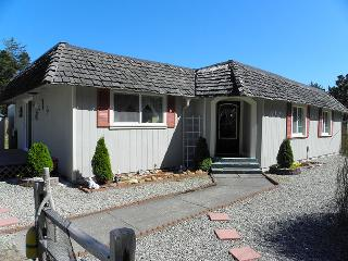Sunset Beach Cottage - Bandon vacation rentals