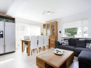 Luxury house in Reykjavik, close to the city - Reykjavik vacation rentals