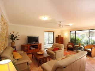 Nice 4 bedroom House in Blueys Beach - Blueys Beach vacation rentals