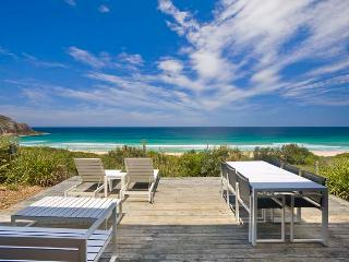 Lovely 3 bedroom House in Elizabeth Beach with A/C - Elizabeth Beach vacation rentals