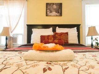 Bright House with Internet Access and A/C - Queens vacation rentals