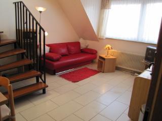 Romantic 1 bedroom Bochum Apartment with Internet Access - Bochum vacation rentals