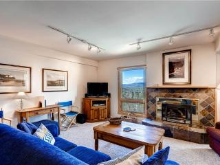 Cozy Condo with Dishwasher and Stove - Steamboat Springs vacation rentals