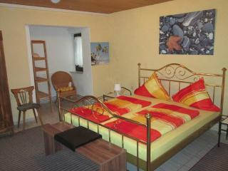 Vacation Apartment in Nehren - 603 sqft, comfortable, bright, quiet (# 8731) - Nehren vacation rentals
