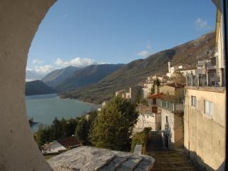 "Panoramic apartment - ""Ilduccia"" - Barrea vacation rentals"