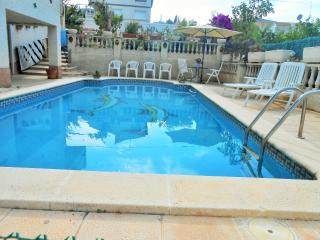 VILLA FRANCISCA en Nou Vendrell. Costa Dorada - El Vendrell vacation rentals
