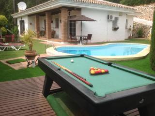 Villa Higueras, Wifi, UK Television, private pool - Fuengirola vacation rentals