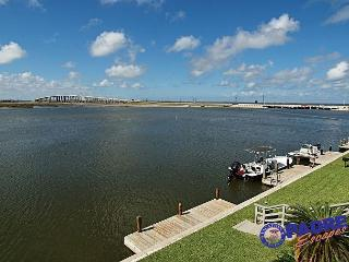 Waterfront Condo with a great view of the Laguna Madre! - Corpus Christi vacation rentals