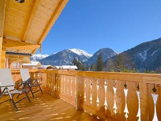 Sunny 3 bedroom Krimml Chalet with Internet Access - Krimml vacation rentals
