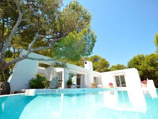 Exclusive house with sea view, swimming pool and i - Font de Sa Cala vacation rentals