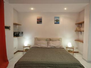 Cozy 2 bedroom Apartment in Gaeta with Internet Access - Gaeta vacation rentals