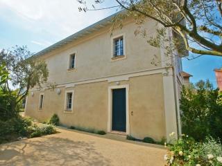 Tout confort 6 personnes proche place des Lices - Saint-Tropez vacation rentals