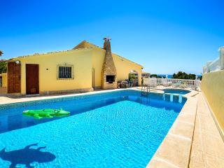 House in front of the sea - Campello vacation rentals