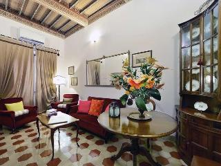 2 bedroom House with Internet Access in Siena - Siena vacation rentals