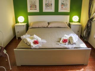 Retrò Room 10 - Cefalu vacation rentals