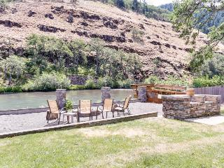 Dog-friendly riverfront suite w/shared deck space, fire pit & amazing location! - Klickitat vacation rentals