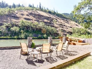 Riverside studio w/shared deck in quiet location - dogs welcome! - Klickitat vacation rentals