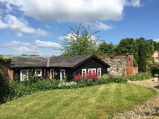 Old Piggery  *****  5 Star Self Catering Cottage - Horringer vacation rentals