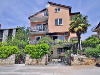 TH00642 Apartments Margeta / A1 One bedroom - Novigrad vacation rentals