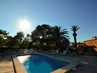 Renovated Majorcan country house with pool. - Capdepera vacation rentals