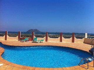 Aloe Bungalow Boutique - Corralejo vacation rentals