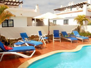 Bright 3 bedroom Villa in Corralejo - Corralejo vacation rentals