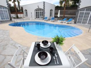 White Apartment Boutique 2 - Corralejo vacation rentals